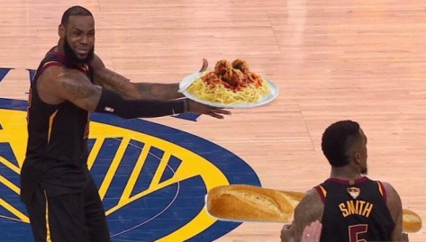 JR-Smith-bread-meme-832x447
